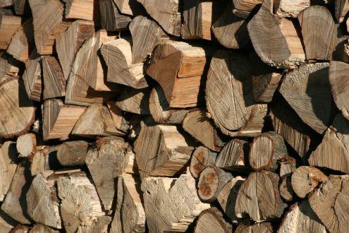 Spar afgiften, køb dit brænde i Sverige